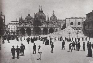 Venezia_macerie_campanile_sanmarco